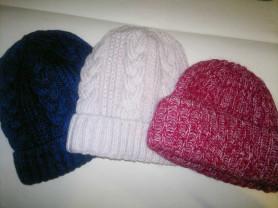 Красивые  и тёплые шапки крупной вязки !!!Цена СП