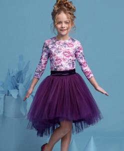 Цветочный комплект с ассиметричной юбкой.
