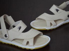Новые открытые сандалии Bi&Ki, 33 размер
