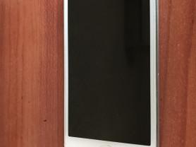 продам айфон 5 16гб