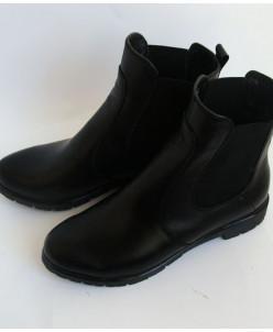 Черные кожаные ботинки Челси