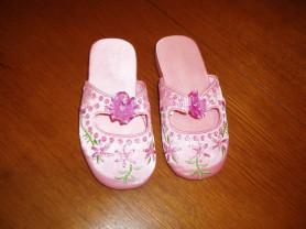 Новые атласные туфельки-шлепки