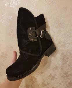 Ботинки женские осень 2 в 1  - черные