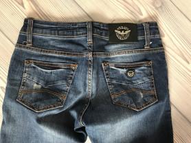 джинсы оригинал Armani