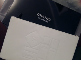 Chanel косметичка подарочная в коробке