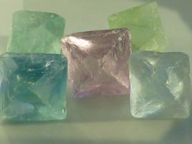 флюорит (5 ромбов)
