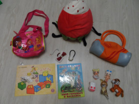 Пакет игрушек, сумок, книг, украшений, ягода Икея