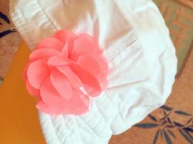 Кепи белая с ярким цветком 48-50 см