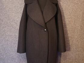 Пальто кокон с английским воротником