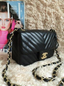 Купить женские клатчи Chanel недорого в интернет-магазине