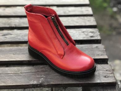 Ботинки из натуральной красной кожи №379-12 (астра 13 черн )
