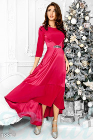 Оригинальное атласное платье