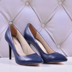 Женские кожаные туфли на каблуке (размер 39)