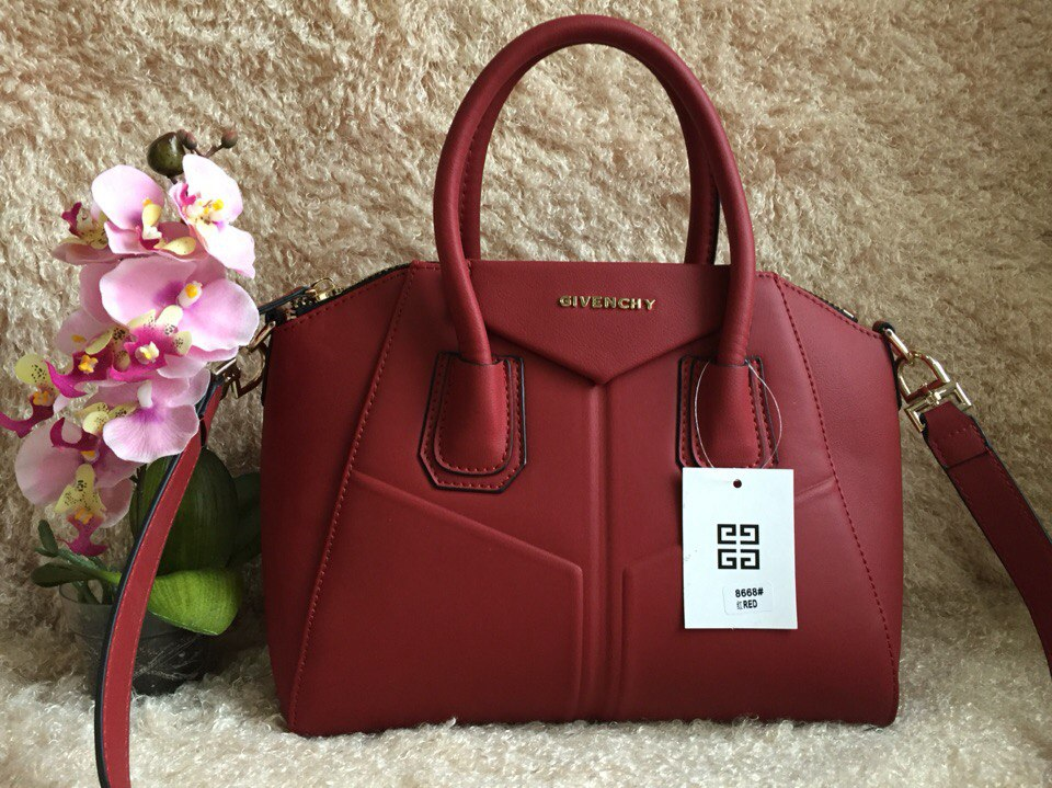 Сумки Givenchy по низким ценам в Москве Купить копии