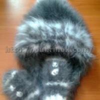 Комплект  шапка и варежки из кроличьего пуха