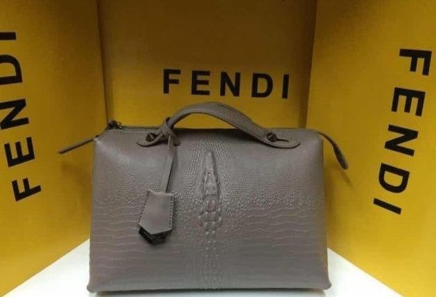 Копии сумок известных брендов fendi