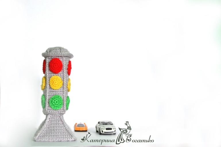 Вышивка крестом светофор