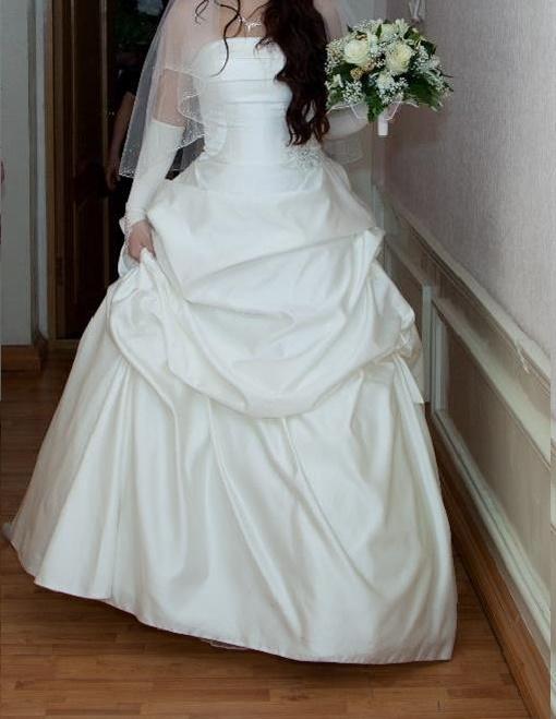 Просмотр фото жена не одела трусики под прозрачное платье 4 фотография
