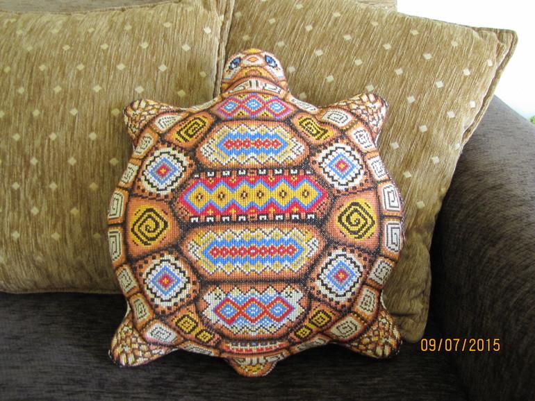 Вышивка подушки черепаха