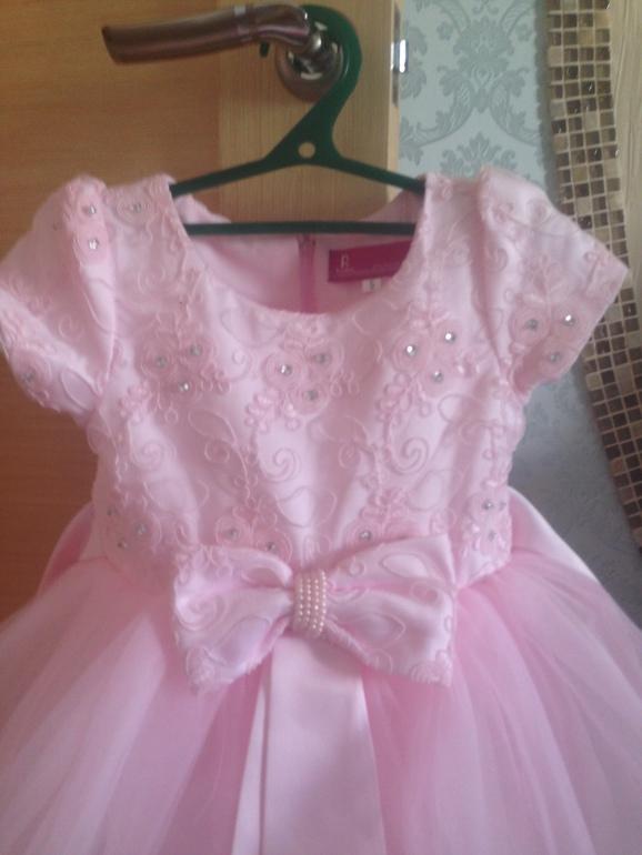 Платье на девочку купить б у