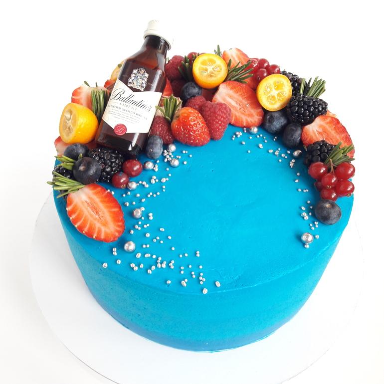 Картинки торт для мужа украшен фруктами