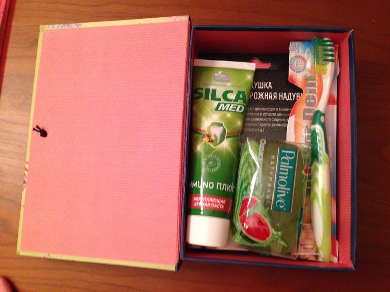 Подарок на день рождения что положить в коробку 98